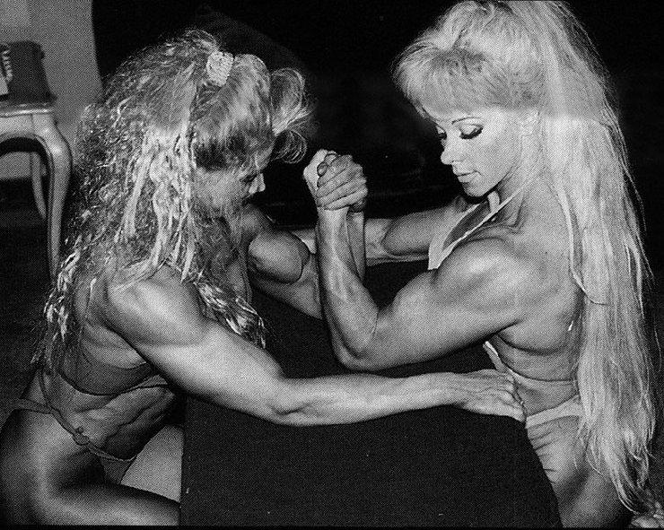 anttilanet lihaksikkaita naisia